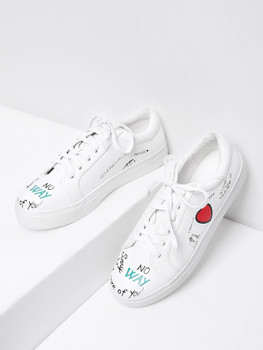 Heart Pattern Lace Up SneakersA284