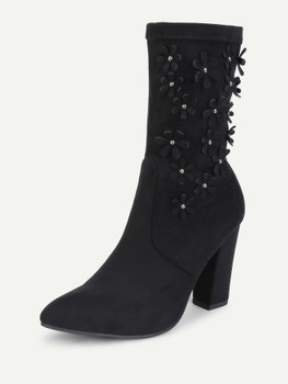 Flower Decorated Block Heeled Suede Boots A148