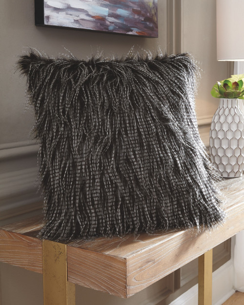 Ashley Ryley Black Pillow(4/CS)