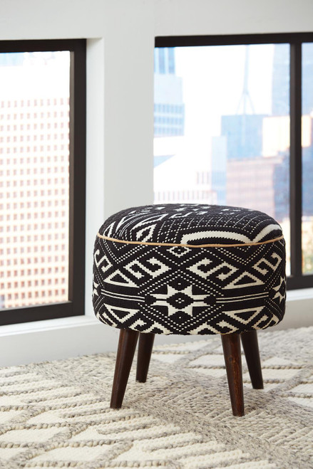 Coaster Accents : Ottomans - Black - Frankfort Round Accent Stool Black And White - 918492