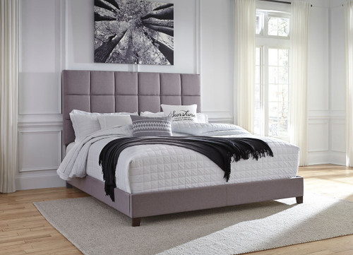 Ashley Contemporary King Gray Upholstered Bed
