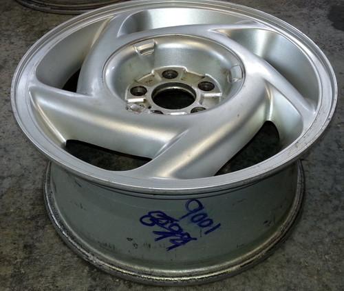 Wheel - 1989 - 1992 - Grade C - SKU 102182 - WWW.TBSCSHOP.COM