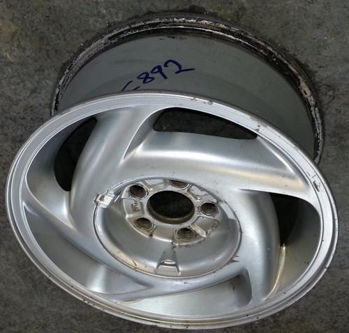 Wheel - 1989 - 1992 - Grade C - SKU 102183 - WWW.TBSCSHOP.COM