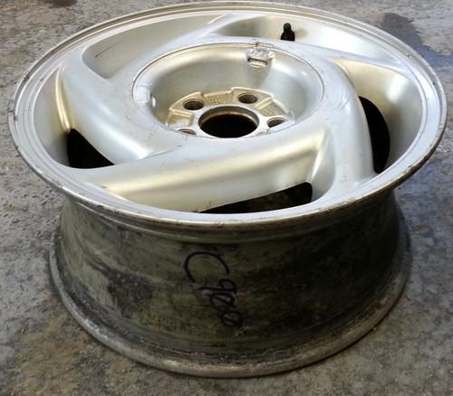 Wheel - 1989 - 1992 - Grade C - SKU 102184 - WWW.TBSCSHOP.COM