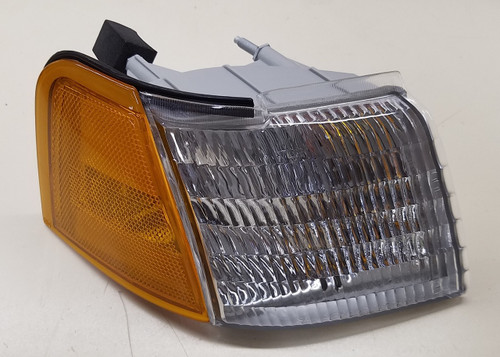 1989 - 1995 - Thunderbird and Cougar Turn Signal - Front - RH - Passenger Side - WWW.TBSCSHOP.COM