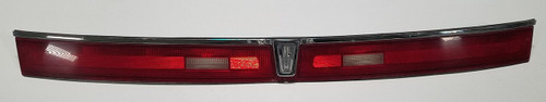 1993 1994 1995 1996 Lincoln Mark VIII Trunk Brake Light Reflector - Grade C