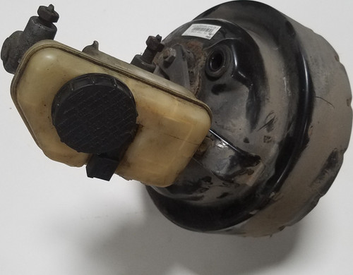 1997-1998 Lincoln Mark VIII Brake Master Cylinder with Power Booster