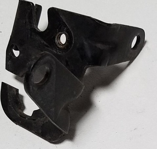 1989-1990 Thunderbird Cougar Throttle TV Cable Bracket 3.8L LX