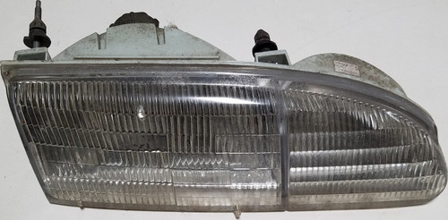 Headlight RH Passenger Side 1994 1995 Thunderbird Grade A