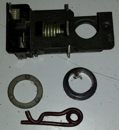 Brake Switch / Stop Switch 1989 - 1997 - Used on many Ford Platforms - WWW.TBSCSHOP.COM