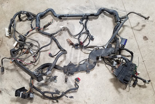 1997-1998 Lincoln Mark VIII Main Engine Bay Harness with Fuse Box 4.6L Cut End