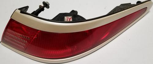 1997 1998 Lincoln Mark VIII LSC Corner Brake Tail Light RH Ivory Pearlescent