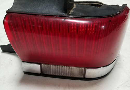 1990-1993 LINCOLN CONTINENTAL RH RIGHT PASSENGER BRAKE TAIL LIGHT LAMP