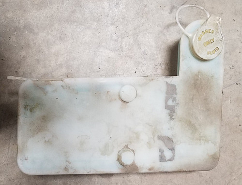 1984 -1992 Lincoln Mark VII Washer Fluid Tank Assembly