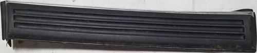 1990-1992 LINCOLN MARK VII 7 RH Passenger FRONT FENDER TRIM MOLDING Black