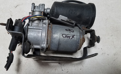1998-2002 LINCOLN CONTINENTAL Air Suspension Pump Assembly