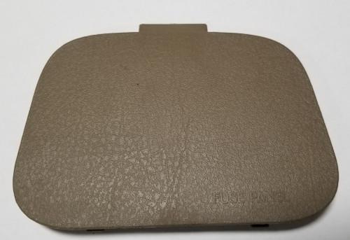 1999 2000 2001 2002 Jaguar S-Type 820606 Interior Fuse Panel Cover Tan