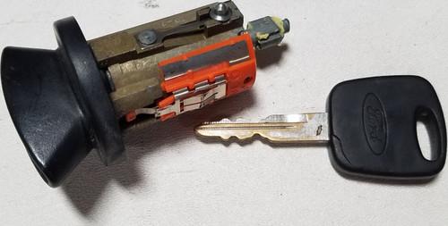 1998 99 00 01 02 03 2004 Ford MUSTANG Steering Column Ignition Lock Ford Transponder Key