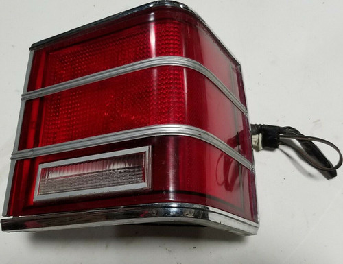 1979-1991 Mercury Grand Marquis Colonial Park Wagon Passenger Right Taillight OE