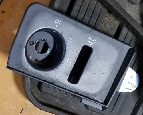 1994-1997 Thunderbird Cougar Headlight Switch Plate without Auto Lamp Blue
