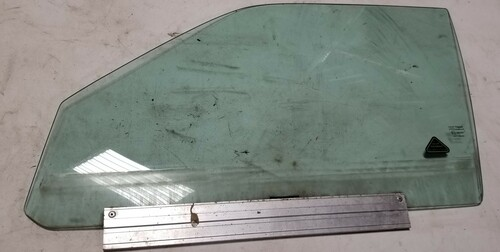 1998 - 2003 Jaguar XJ8 XJR L Vanden Plas Front LH Door Glass Window OEM GNA1001CC