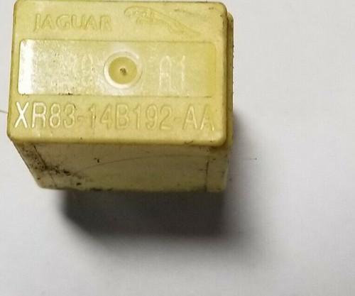 2000 01 2002 JAGUAR S-TYPE MULTI PURPOSE RELAY YELLOW OEM XR83-14b192-AA
