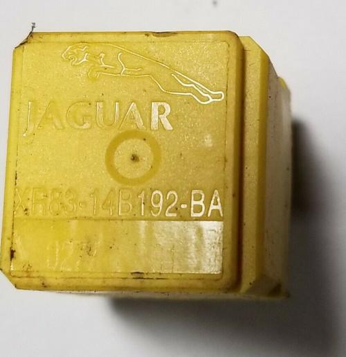 2000 2001 2002 JAGUAR S-TYPE RELAY YELLOW OEM XR83-14B192-BA