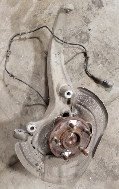 2000 2001 2002 Jaguar S-type S Type RH  Front Passenger Spindle ABS Hub Assembly