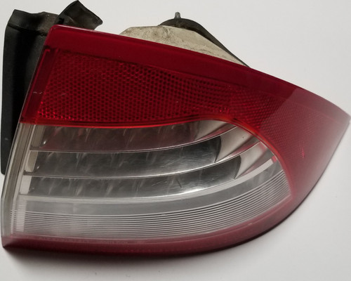2006 07 08 2009 Mercury Milan Passenger Right RH LED Outer Tail Light Brake Lamp