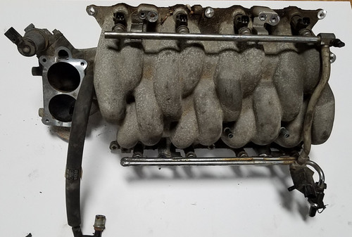 2000 2001 2002 Lincoln Continental Complete Intake Manifold with Fuel Rail Injectors