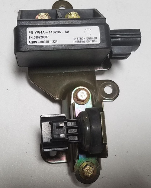 2000 2001 2002 LINCOLN LS YAW RATE SENSOR Assembly YW4A-14B296-AA