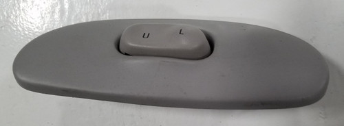 1993 1994 1995 1996 Lincoln Mark VIII Unlock Switch Holder RH Gray with Switch