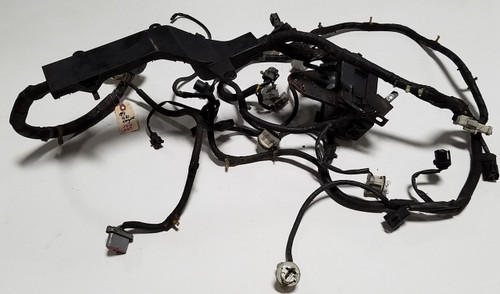 engine bay harness with fuse box 4 6l ohc non-abs 1994-1995 thunderbird  cougar
