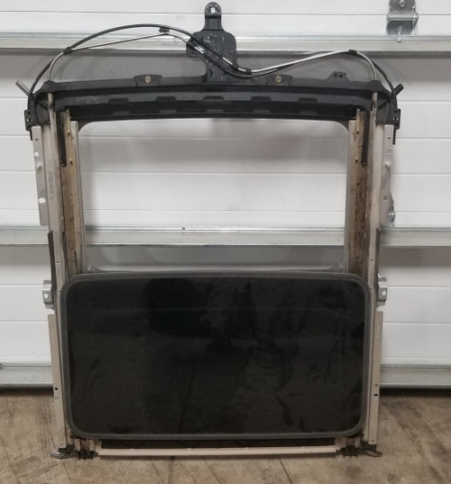 2000 2001 2002 LINCOLN LS Sunroof Assembly with Lt. Parchment Insert No Motor Module