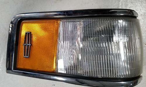 1990 91 92 93 1994 Lincoln Town Car RH Passenger Turn Signal Side Marker Light Lamp