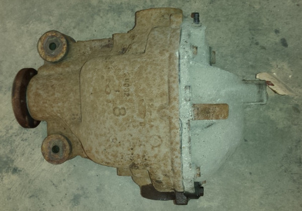 Differential / Pumpkin - 3.27 Open Diff- 8.8 inch - 1989 - 1997 Thunderbird and Cougar - WWW.TBSCSHOP.COM
