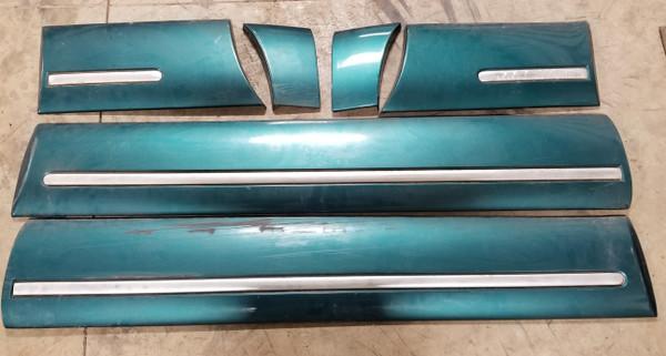 1996-1997 Thunderbird Cougar Exterior Molding Set Green Grade C