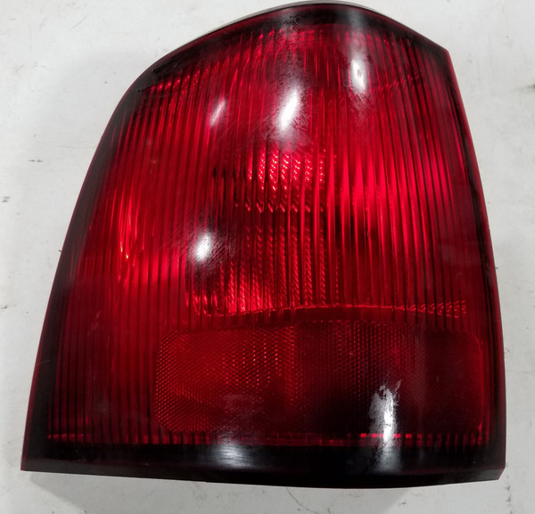 2003 2004 2005 2006 Lincoln Navigator LH Driver Side Tail Light Taillight 2L7X-13B505-A