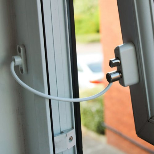 Babydan Premium Keyless Window Restrictor - 2017 Rental House Reg Compliant