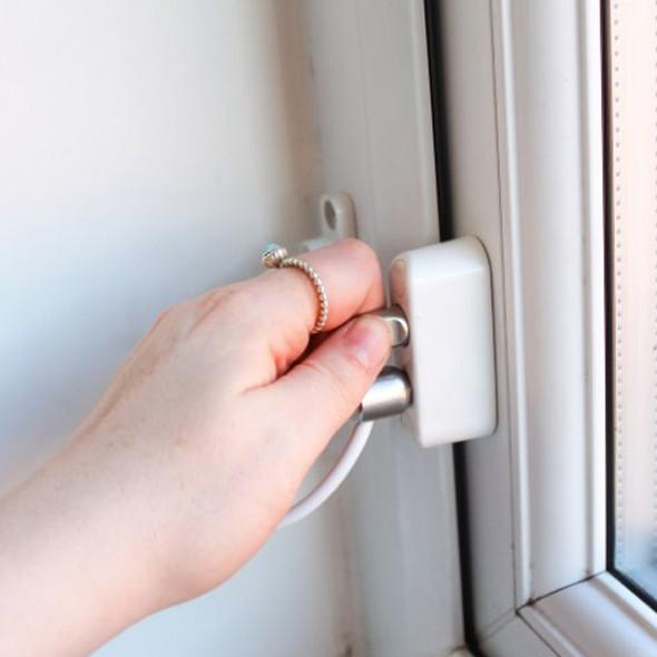 Babydan Premium Keyless Window Restrictor - 2017 Rental House Reg Compliant lock