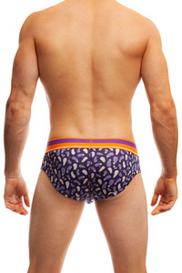 Jack Adams COMFYFIT Brief in eggplant form