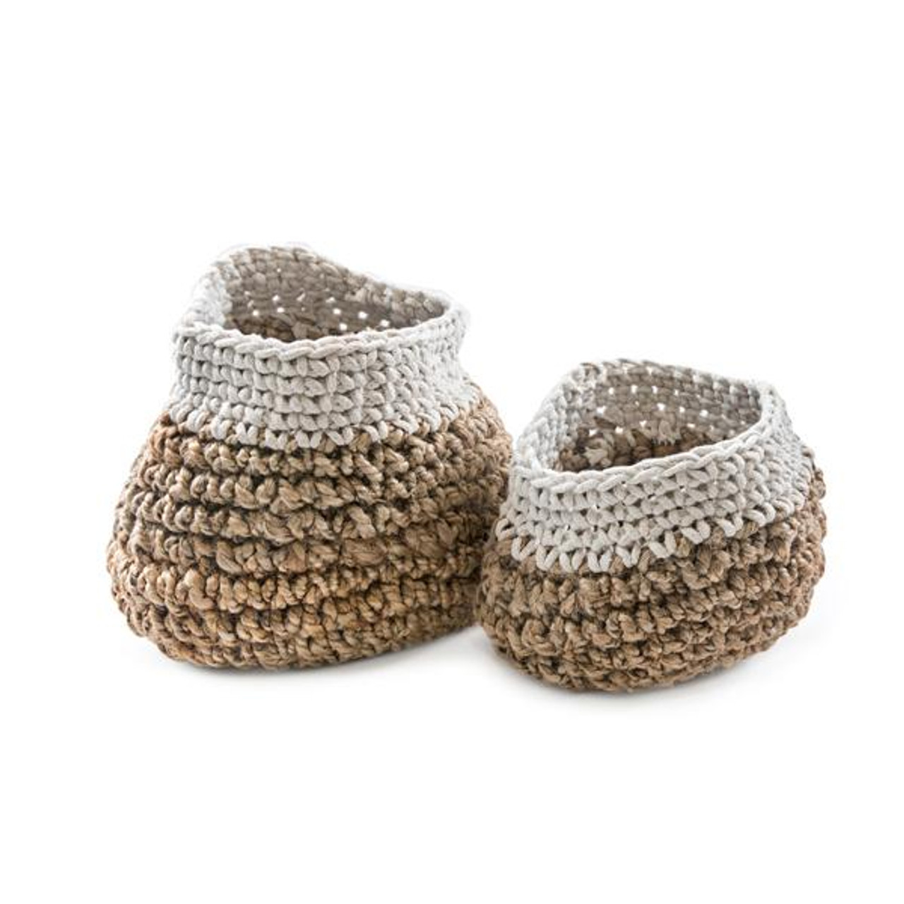 jute knitted basket with white trim