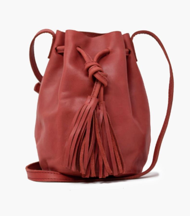 maria bucket bag in brick red