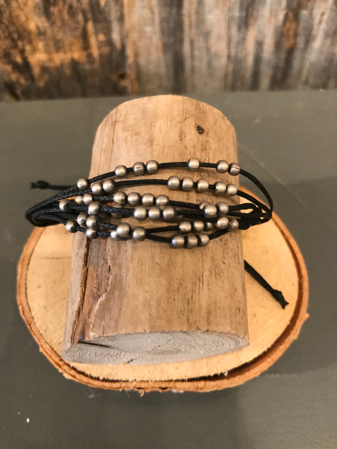 Silver Beaded Pull Bracelet - Black