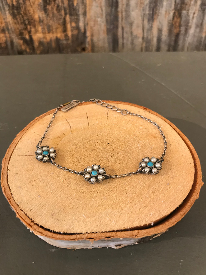 Turquoise and Pearl Pendant Bracelet
