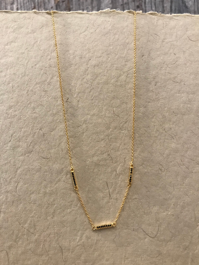 Black Spinal Stone Gold Necklace