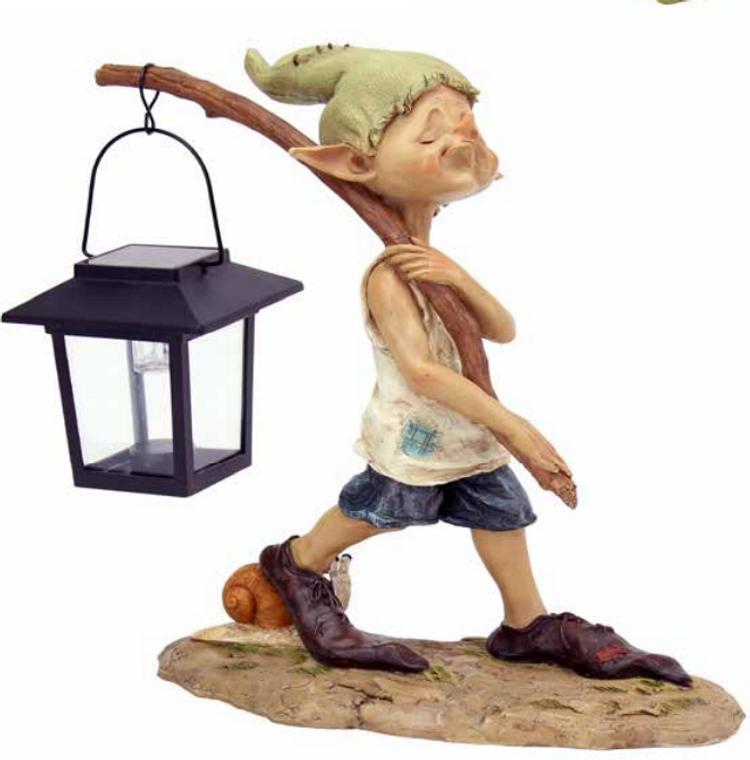 Elvin Walking with Solar Lamp