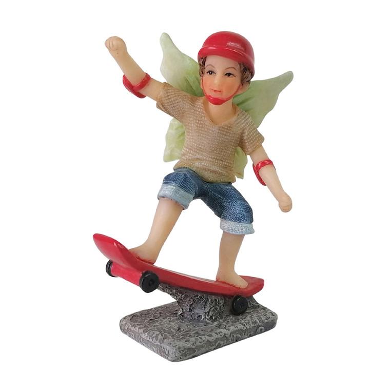 Skateboarding Noah