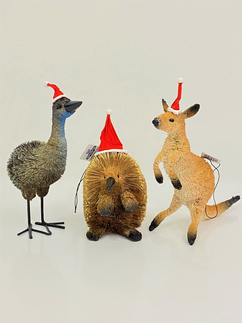 Beautifully Designed and Hand Australian Christmas Animal Mantle Set, with hangers   - 13cm High