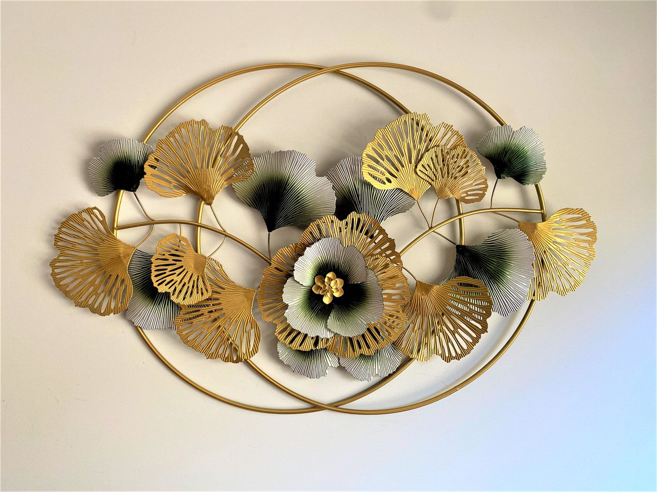 METAL WALL ART - GOLD GREEN FLOWERS W RINGS- MEDIUM (116cm)